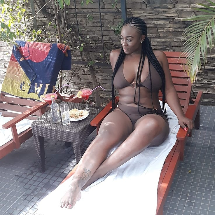 Uriel shows off her banging bikini body as she enjoys her vacation