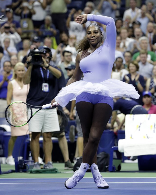 Serena Williams zoom into US Open 3rd round with a 6-2 6-2 win over Witthoeft