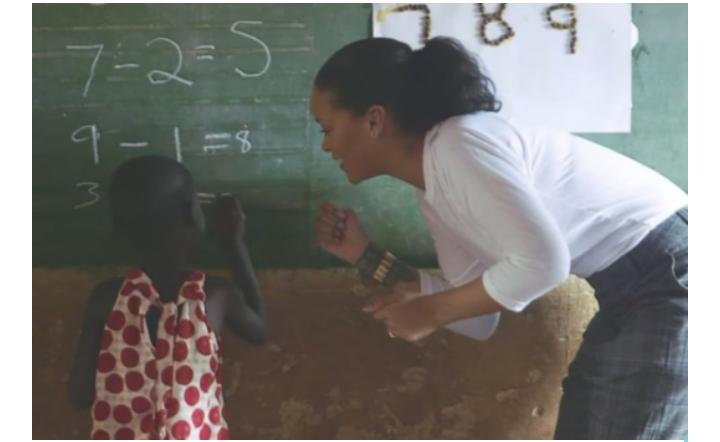 WOW! Rihanna PHOTO'd Fetching WATER… Carrying SAND… To Build Hospital In Malawi!!!