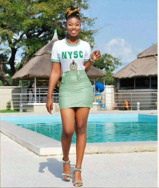 Slay Queen converts her NYSC khaki to a mini-skirt