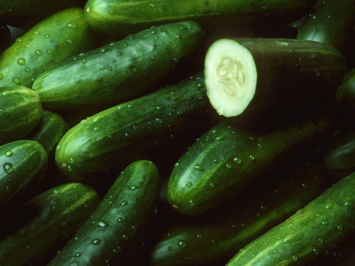 10 Amazing Health Benefits of Eating Cucumbers