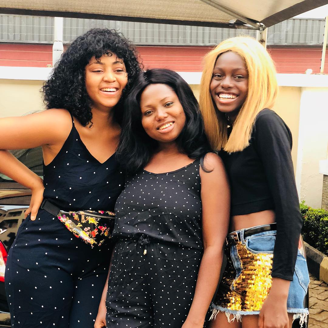 Teen actress, Regina Daniels shows off her two young sister in Christmas Photos