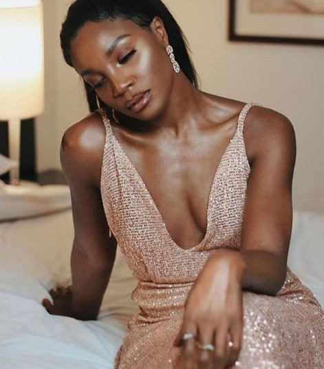 Seyi Shay Slays in cleavage-Baring outfit