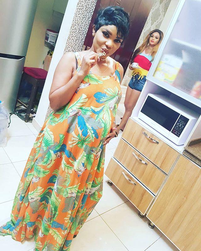 """""""Your bastard pregnancy #AshewoOshi""""- Kemi Olunloyo attacks Iyabo Ojo"""