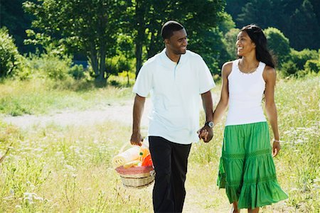 10 Compliments Your Girlfriend/wife Desperately Wants to Hear (Tips for Men)