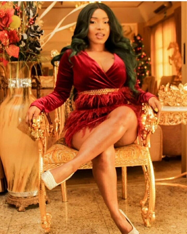 Nollywood Actress, Halima Abubakar Bares Cleavage In Gorgeous Photos