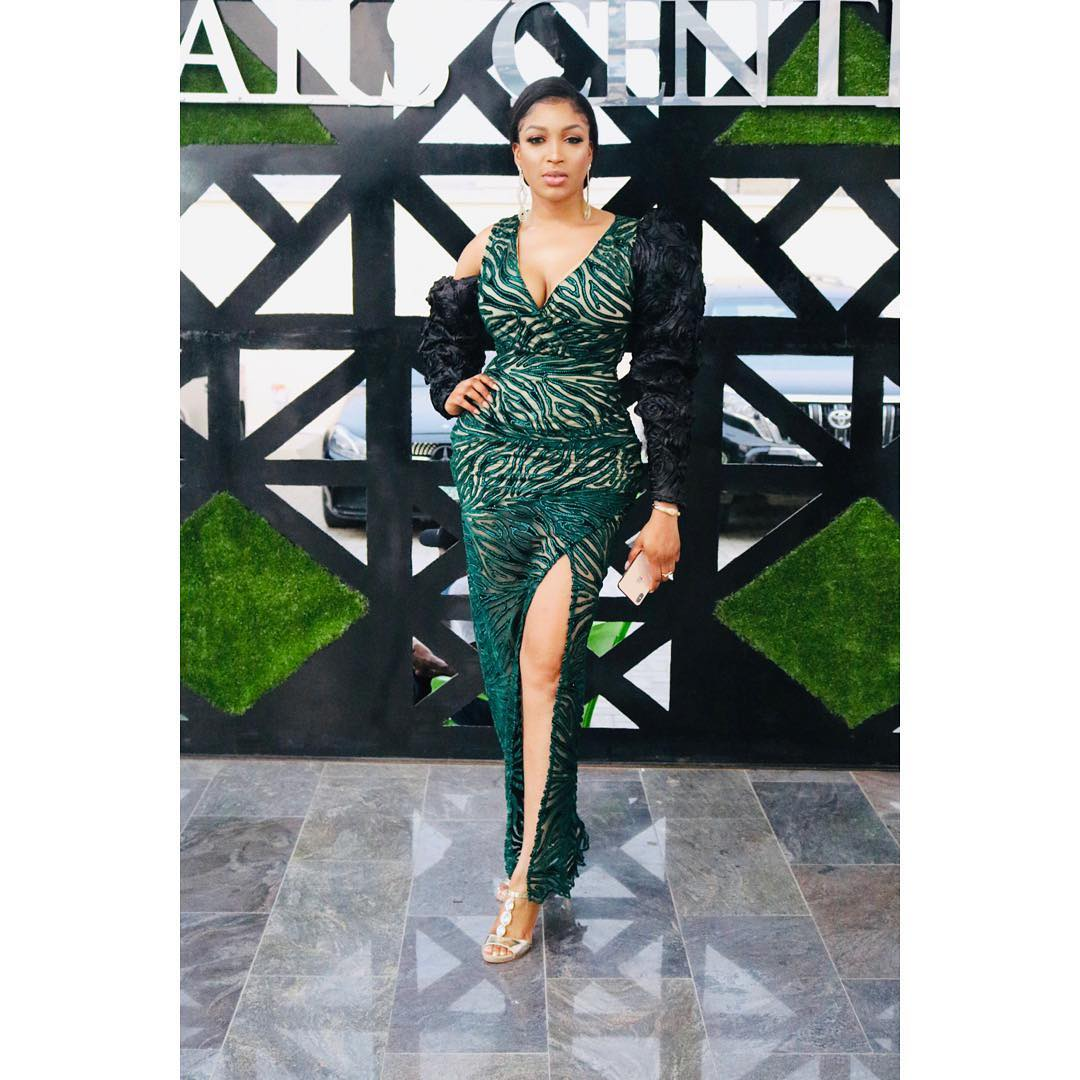 Beauty Queen, Dabota Lawson Flaunt Cleavage In Native As She Step Out In Style