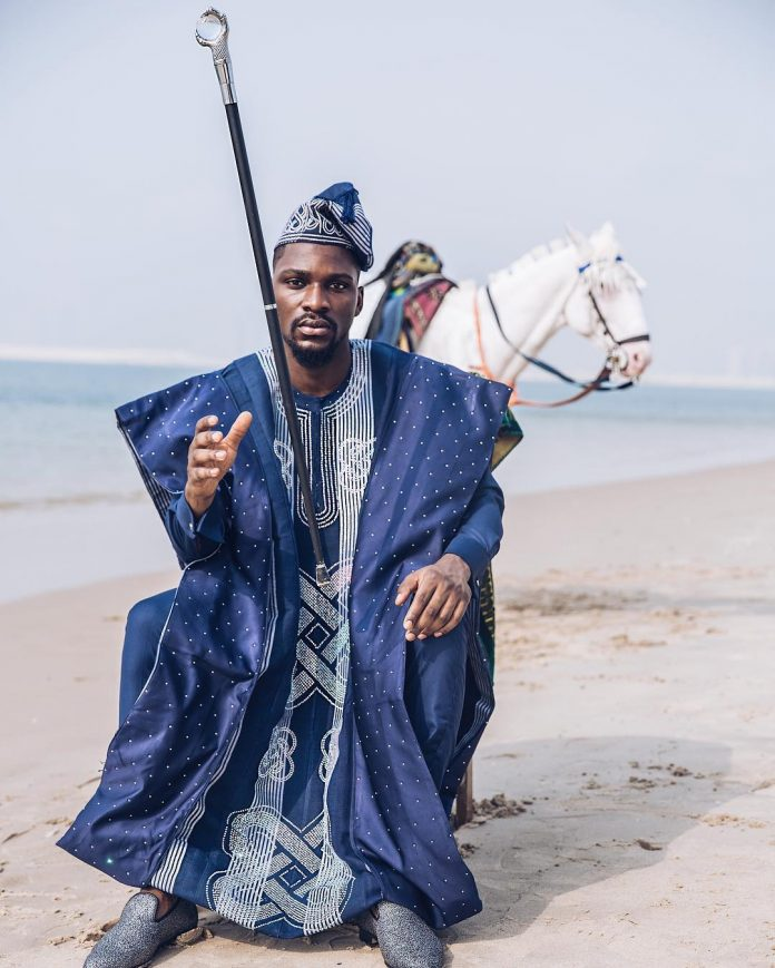BBNaija's Star Tobi Bakre Stranded At Luxury Store Abroad,after His MasterCard fails