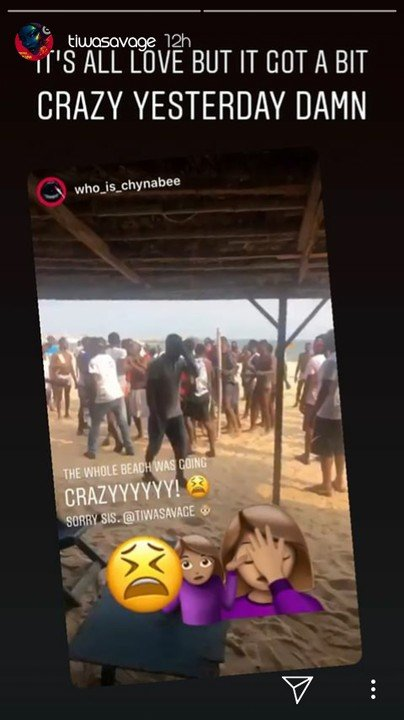 Tiwa Savage Mobbed At A Beach In Lagos, But It Got A Bit Crazy
