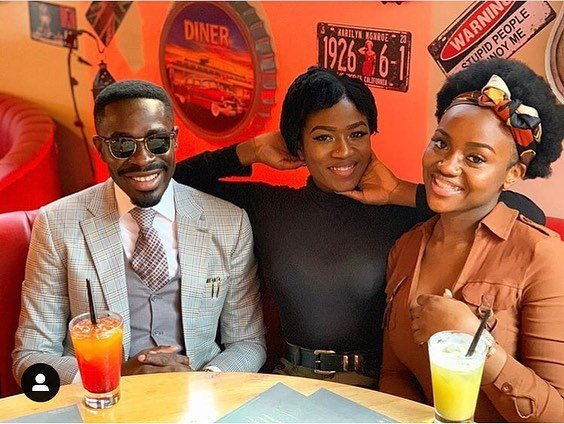 Davido's Girlfriend, Chioma Hangs Out With Her Sister And Davido's Lawyer