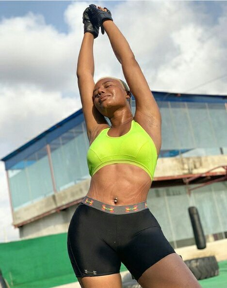 Nancy Isime shows off her big meat pie in Gorgeous Adorable Gym Wear