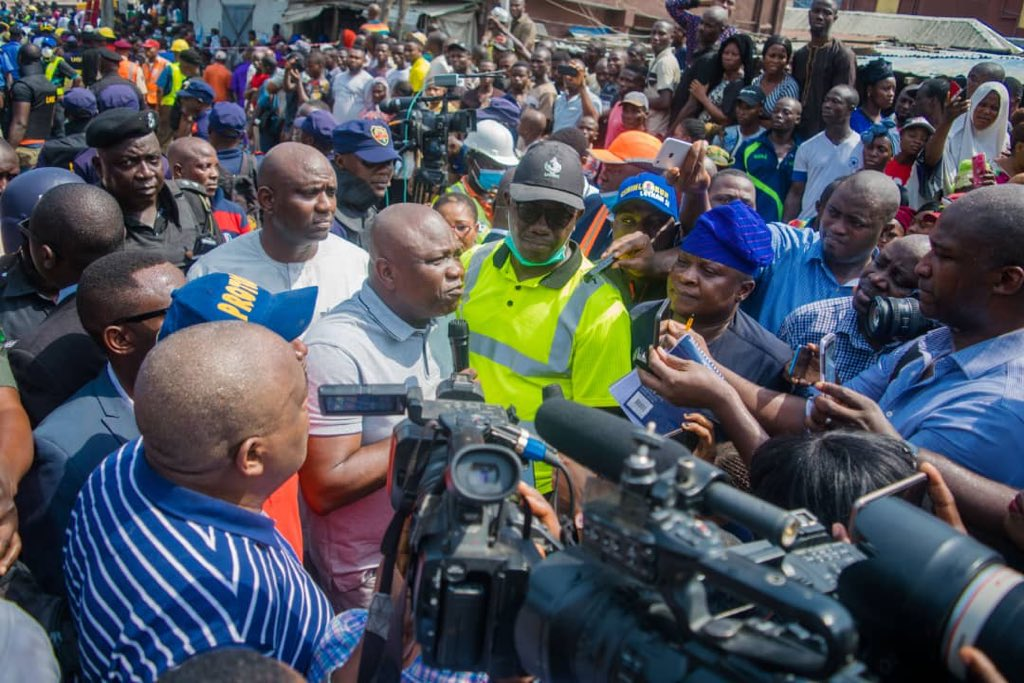 Governor Ambode visits scene of school building collapse in Lagos Island