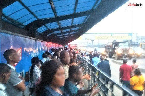 Crowd At BRT Lane 6