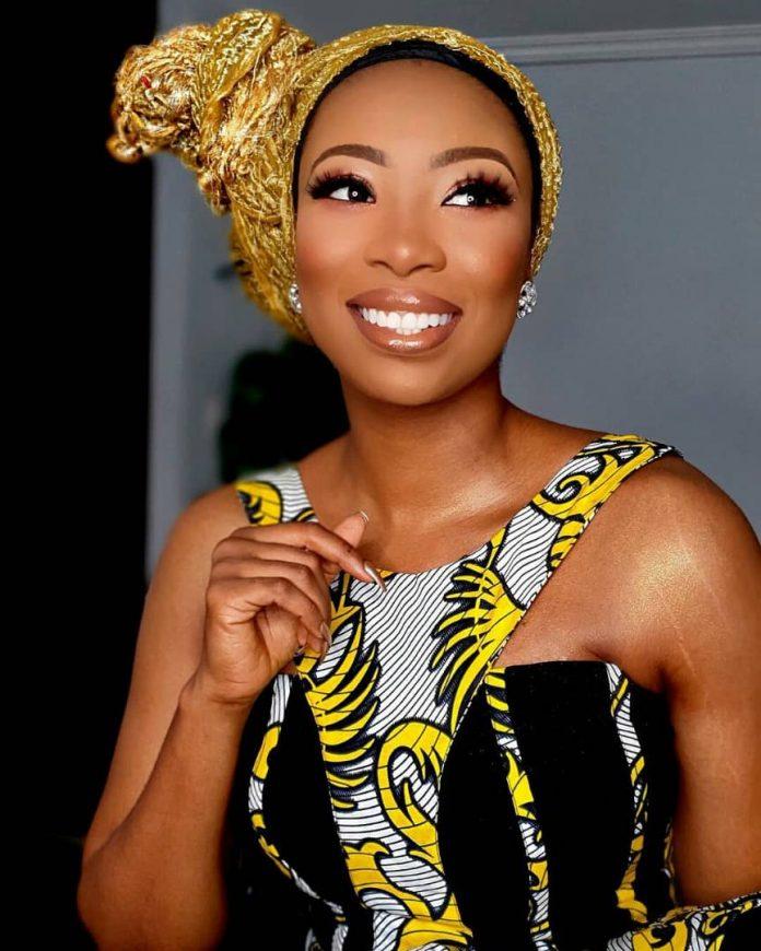 TV host,Bolanle Olukanni Flaunts Her Stretch Marks, Preaches Self Love