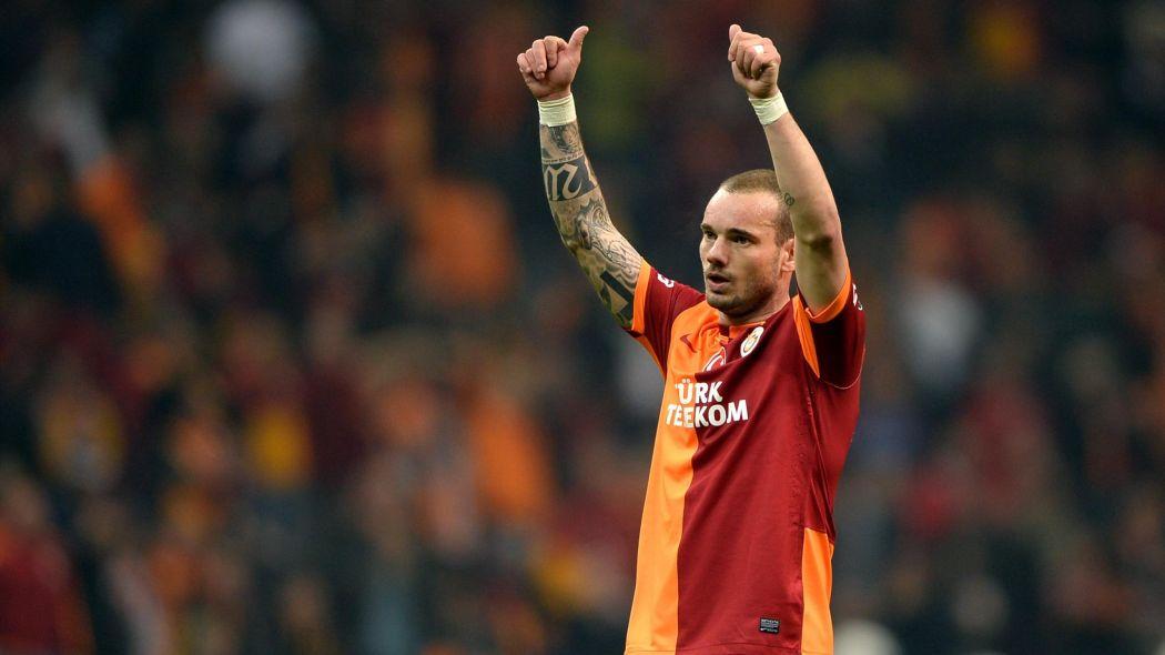 Wesley Sneijder retires!