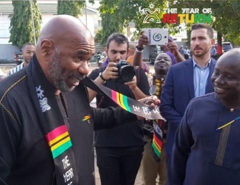 Steve Harvey arrives in Ghana