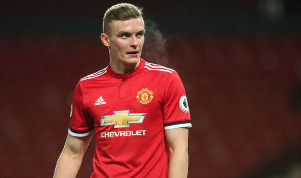 Ethan Hamilton moves from Man United to Southend United on a loan for the rest of the season