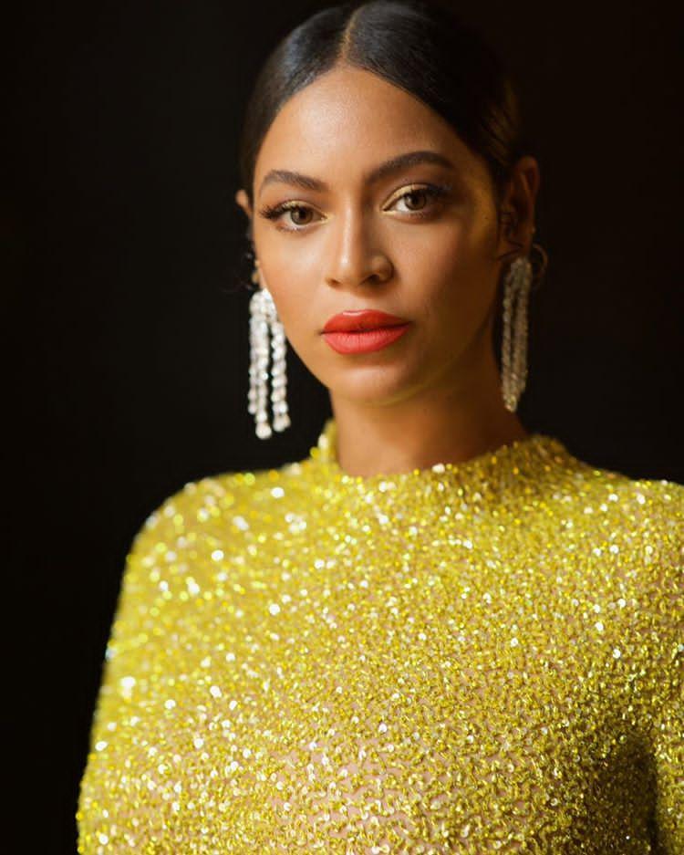 Top 8 Richest Black Women in The World (2021)