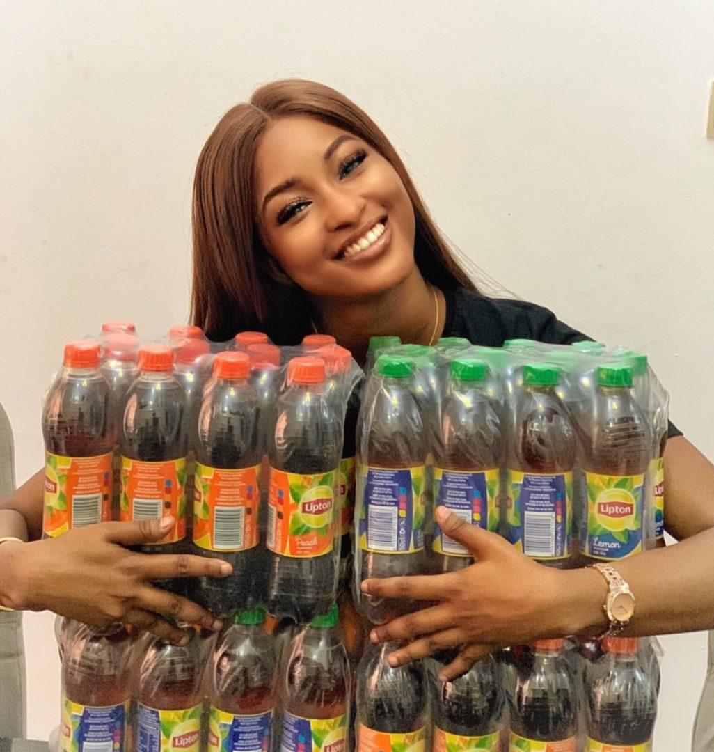 Kim Oprah shows her beautiful smile as she bags endorsement