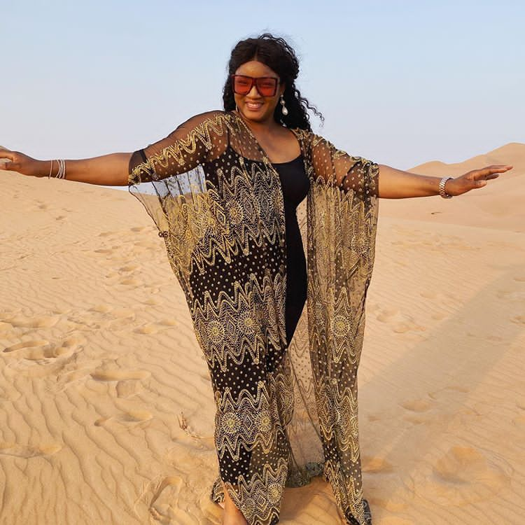 Omotola Dress like Indian Woman, enjoying time alone in the desert