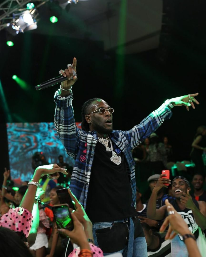 Burna Boy's Fire and electrifying Performance at DFA Outshines Tiwa Savage Last Night