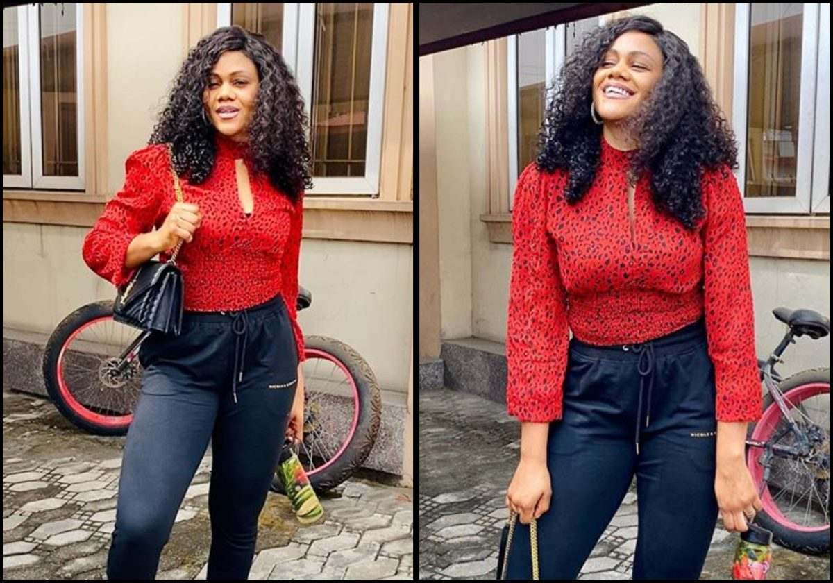 Busola Dakolo glows as she stuns out in a lovely two piece outfit (Photos)