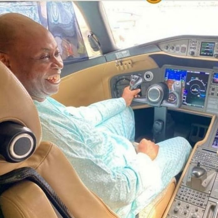 Adedeji Adeleke Bombardier Global Express 6000
