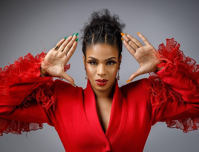 BBNaija's stars Mercy Eke, Vee and Venita jump on the #SilhoutteChallenge (Video)