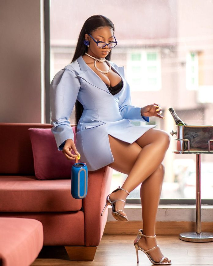 Tacha tension IG fans with new sexy photos