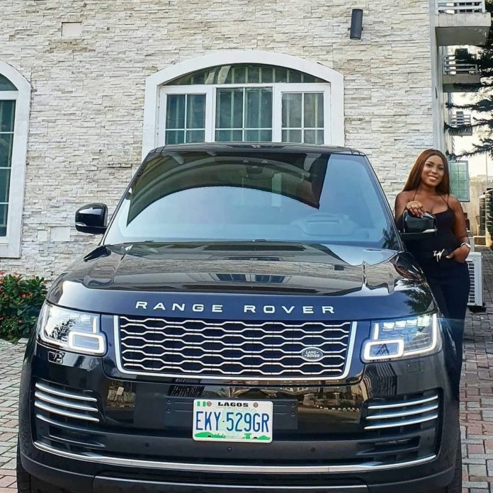 Linda Ikeji takes delivery of her 2020 Range Rover Autobiography