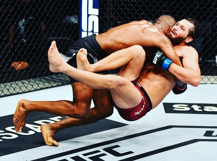 Moment Kamaru Usman knocked out Gilbert Burns to retain his UFC Welterweight belt (Video)