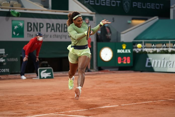 Serena Williams beats Irina Begu 7-6(6), 6-2 to reach the 2nd round at the French Open (Video)