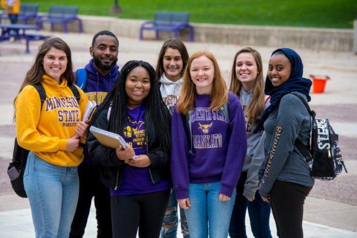 United States Minnesota State University International Maverick Scholarships 2021/2022