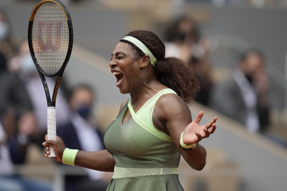 Serena Williams Emphatically Defeats Collins, 6-4, 6-4 to reach 4th round of French Open (Video)
