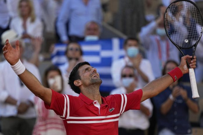 Djokovic Defeats Tsitsipas in 5 sets to win French Open for 19th major (video)