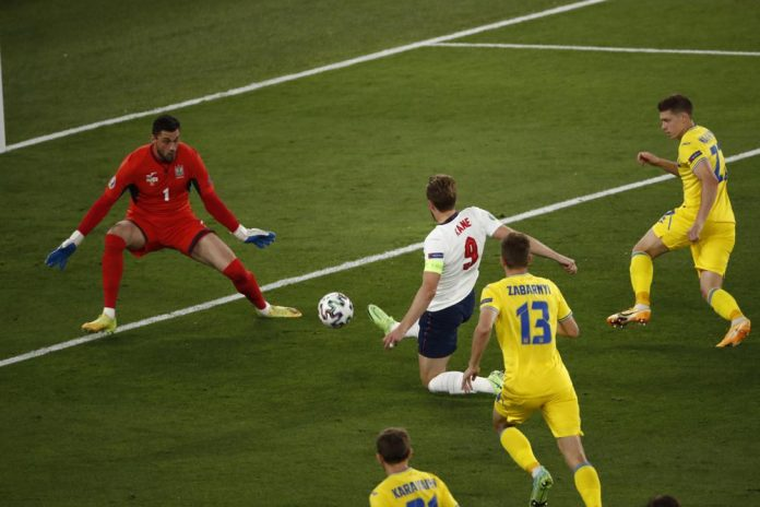 England Run Riot, as they defeat Ukraine, to reach Semifinals