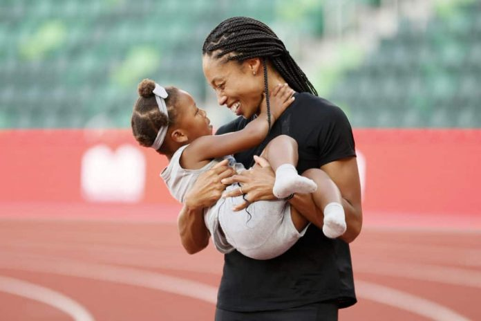 Olympic sprinter Allyson Felix is showing folks she's truly a champion on and off the field.
