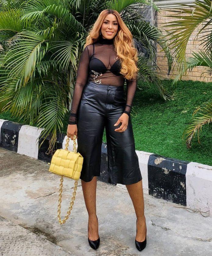 See what Billionaire blogger, Linda Ikeji wore to her Bestie Birthday dinner (photos)