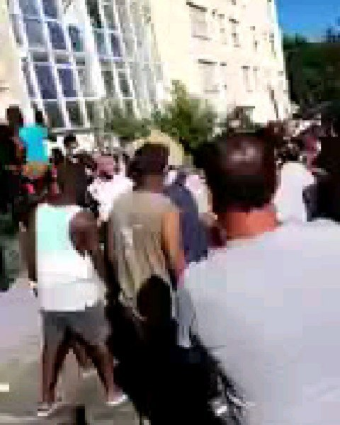 Three Nigerian migrants die after jumping from windows of 10-storey building to escape fire in France (video)