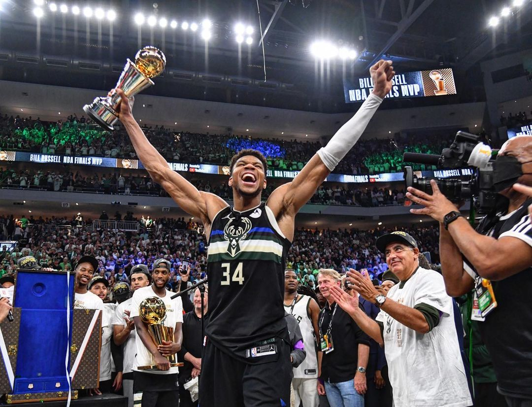 Milwaukee Bucks wins 2021 NBA title, first title in 50 years (Photos/Video)