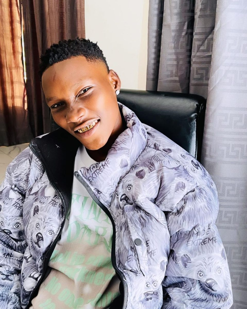 Singer Zinoleesky acquires a luxurious car worth millions of naira (Video)