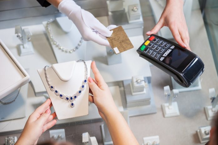 5 Common Mistakes with Buying Jewelry and How to Avoid Them