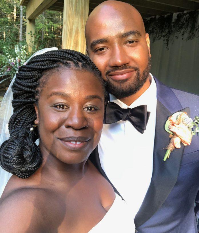 Orange is the New black actress, Uzo Aduba releases wedding photo, reveals she got married last year