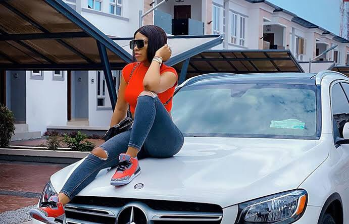 Reality TV Star, Mercy Eke involved in a Car accident (video)