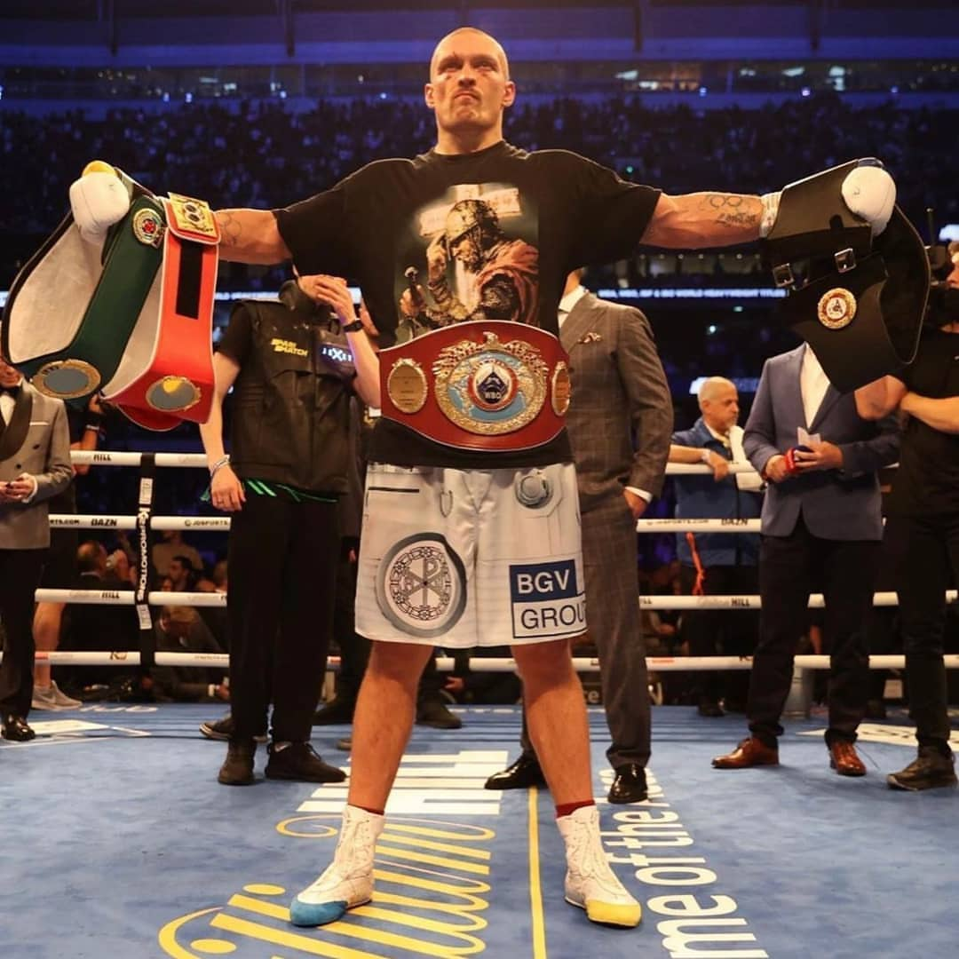Usyk defeats Anthony Joshua to become New World Heavyweight Champion (Video)