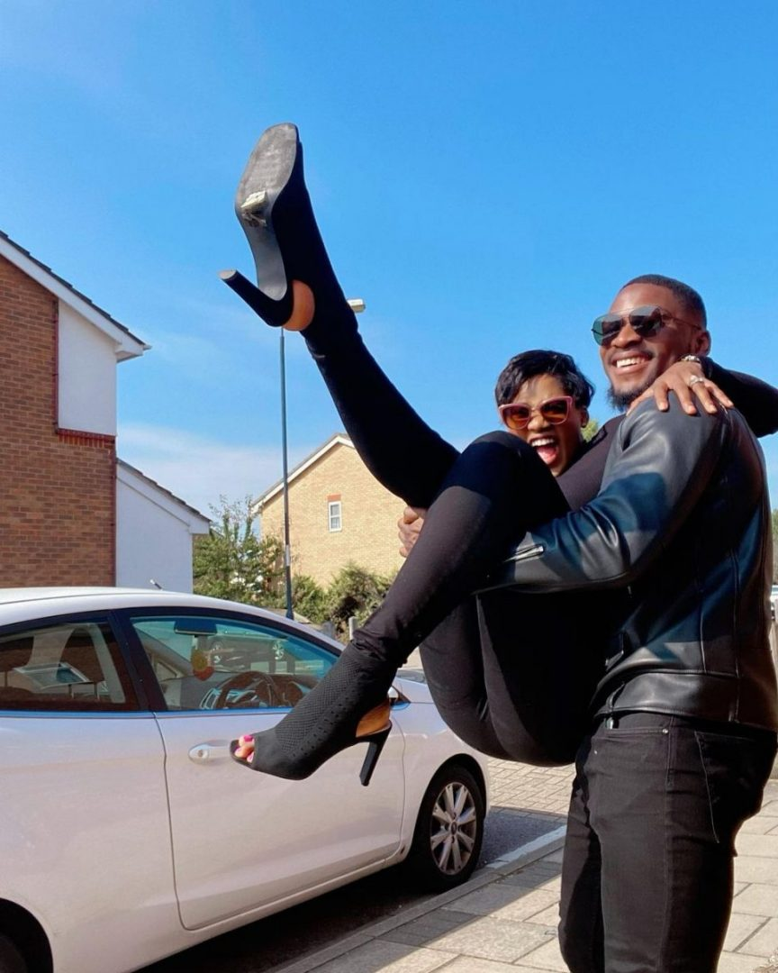 Watch romantic moment Tobi Bakre walked his wife to her surprise birthday party (Video)
