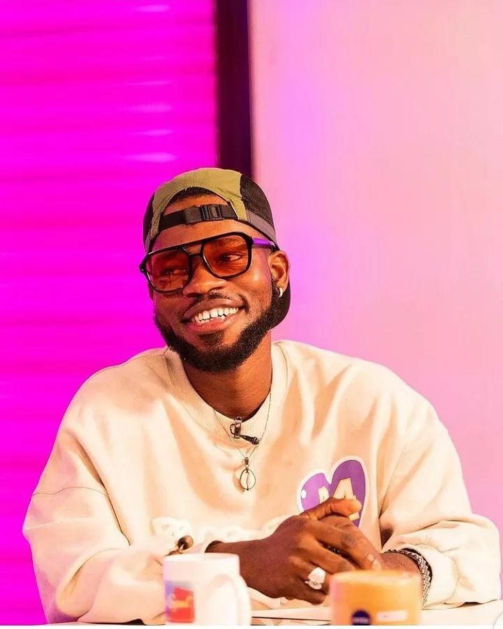Broda Shaggi denounce his virginity status after a female fan calls him out, Mr Macaroni reacts
