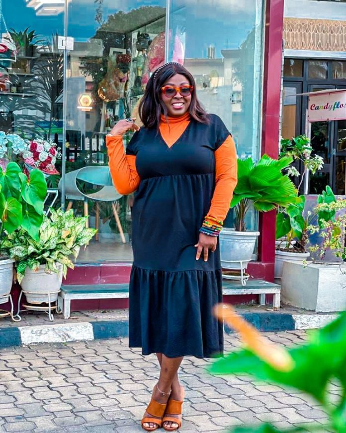 Popular OAP, Lolo 1, dragged in the mud after a twitter user claimed she refused to take a picture with her because of her body size